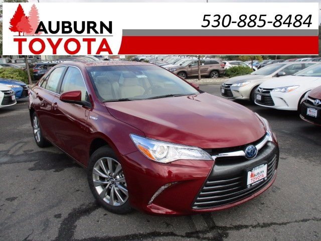 new 2017 toyota camry hybrid xle 4d sedan in auburn. Black Bedroom Furniture Sets. Home Design Ideas