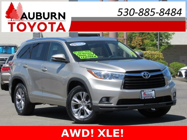 2015 Toyota Highlander For Sale >> Pre Owned 2015 Toyota Highlander Xle V6 Awd